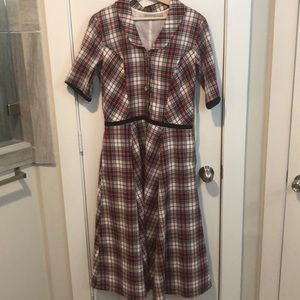 Eshakti Large dress with pockets!